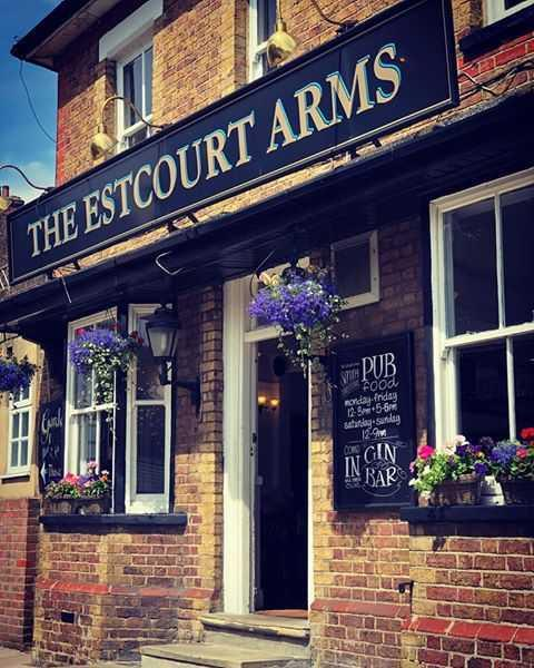 estcourt arms under new ownership of Your Local Pub Co