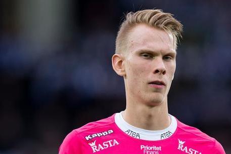 Pontus Dahlberg is hoping to leave Watford on loan in January