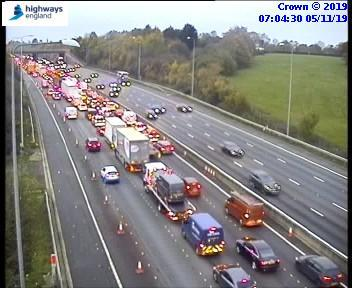 Slow traffic on M25 (credit Highways England)