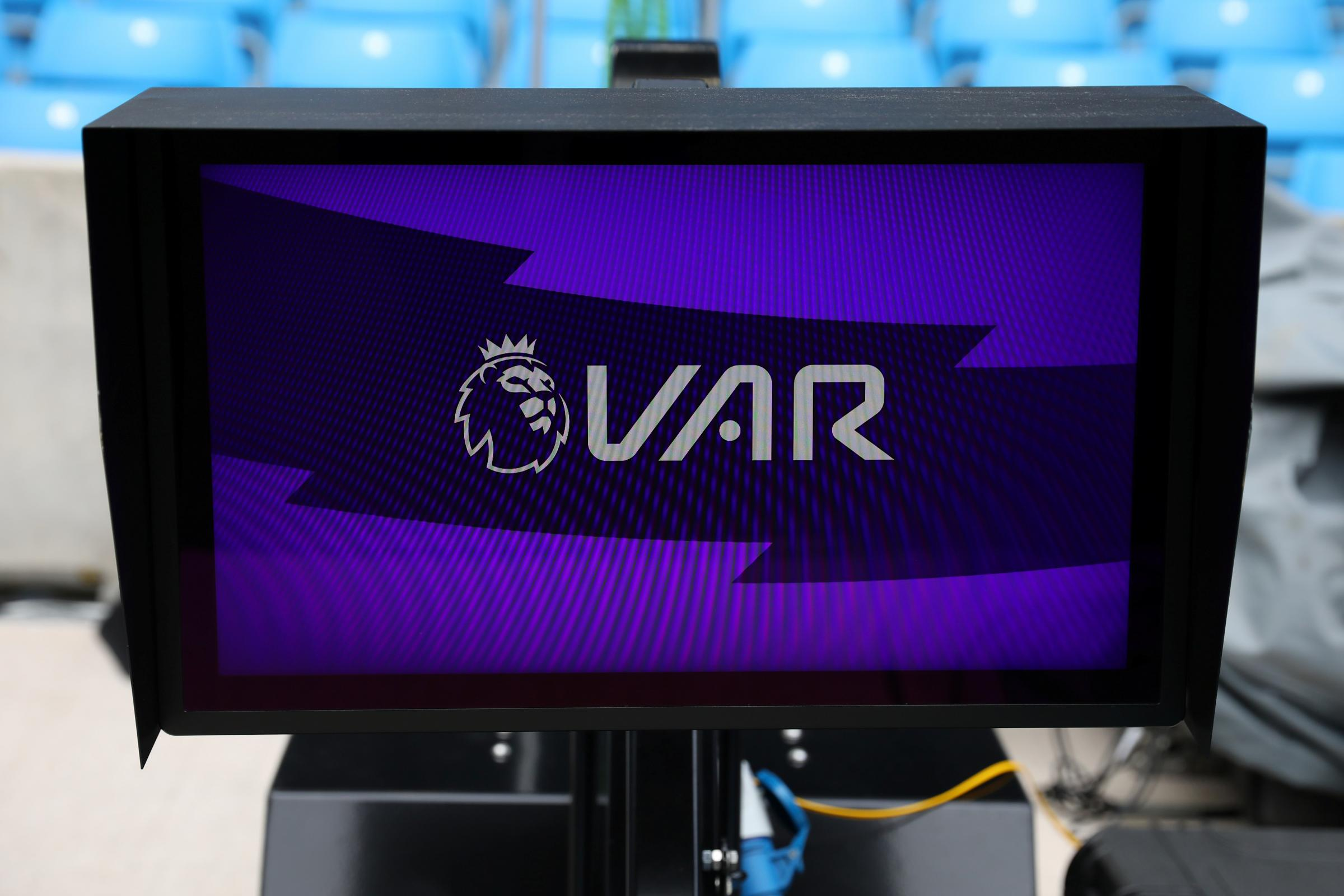 VAR implementation to be discussed when referee's chief Mike Riley meets Premier League bosses