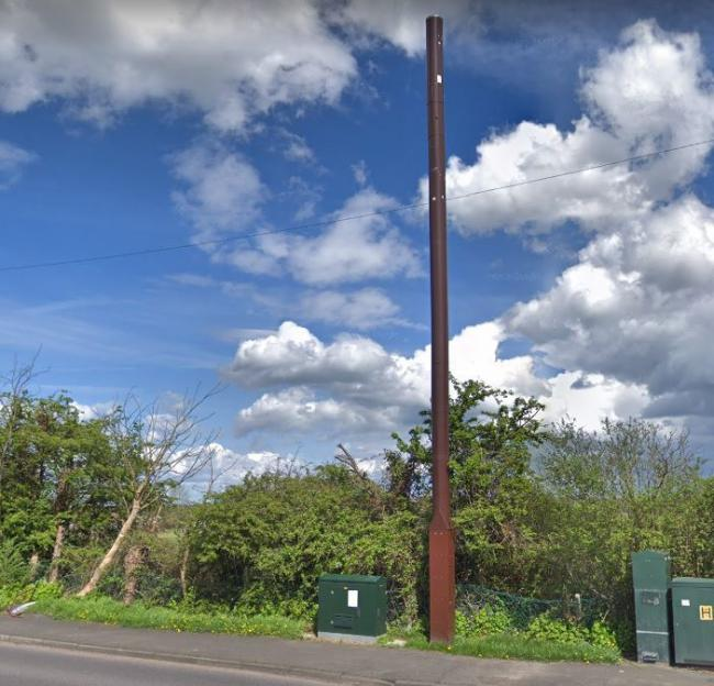 This is the current 12-metre-high mast in Little Bushey Lane (Google street viiew)