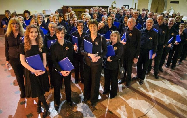 St Albans Choral Society prepares to sing in a concert at the Cathedral. Photographer: Jim Paterson