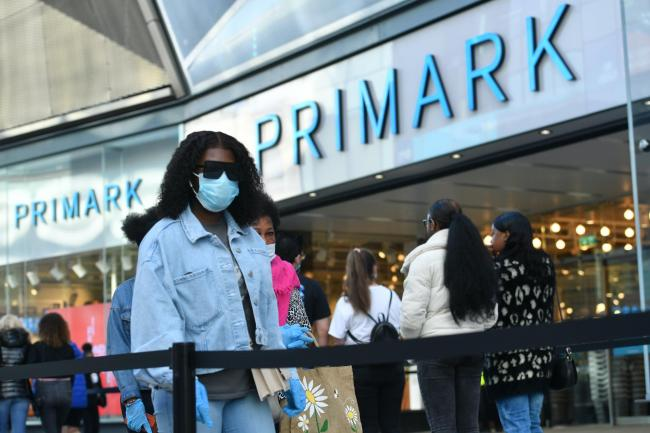 Should we be wearing face masks in shops? We want your thoughts