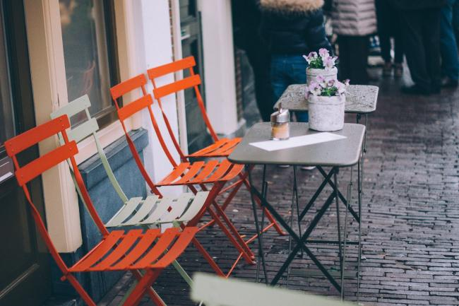 How to apply for outdoor seating in Dacorum. Photo: Pixabay