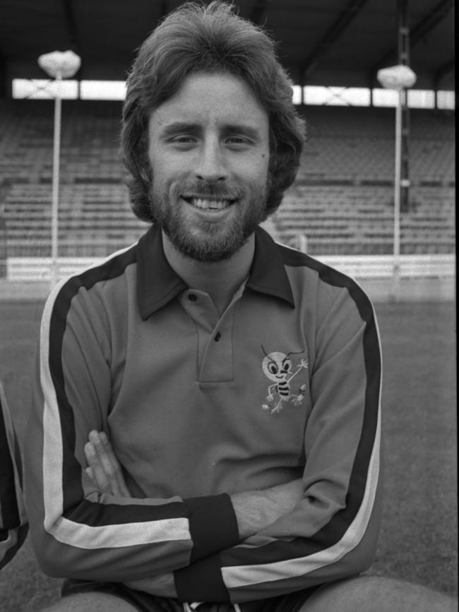 Alan Garner moved to Vicarage Road in 1975