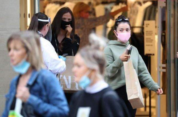Watford Observer: Dr Hilary advised disposable masks should only be worn for three hours