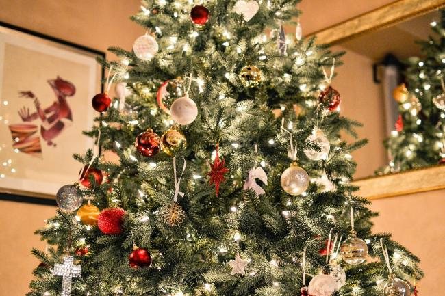 When should you put your Christmas tree up and take it down? Here's what experts say. Picture: Pixabay