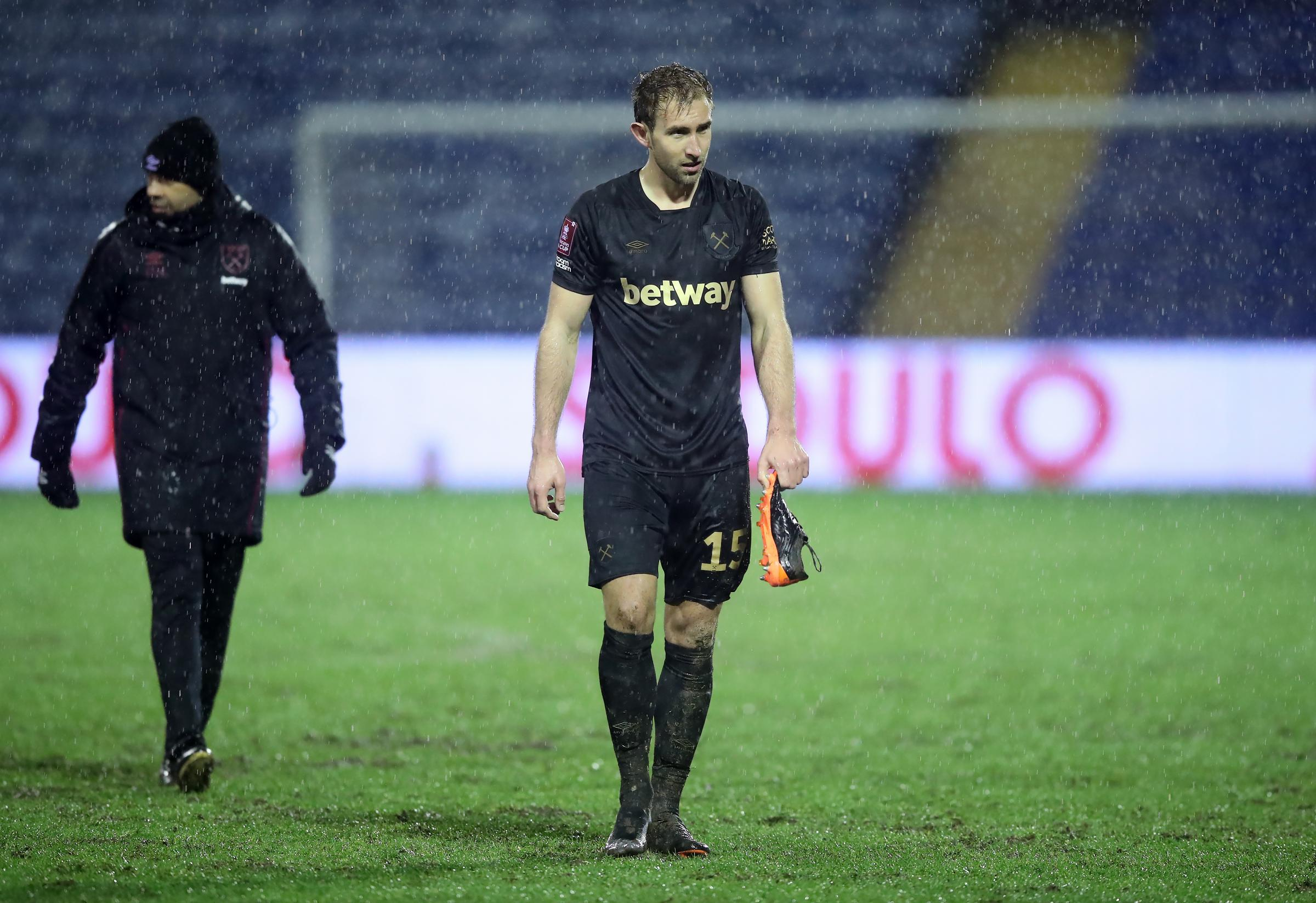 West Ham want to keep Watford defender Craig Dawson