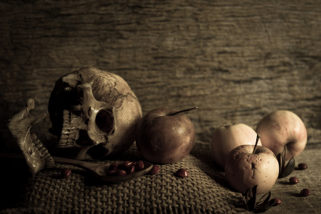 Don't Fear the Reaper: Create Your Own Memento Mori (online workshop)