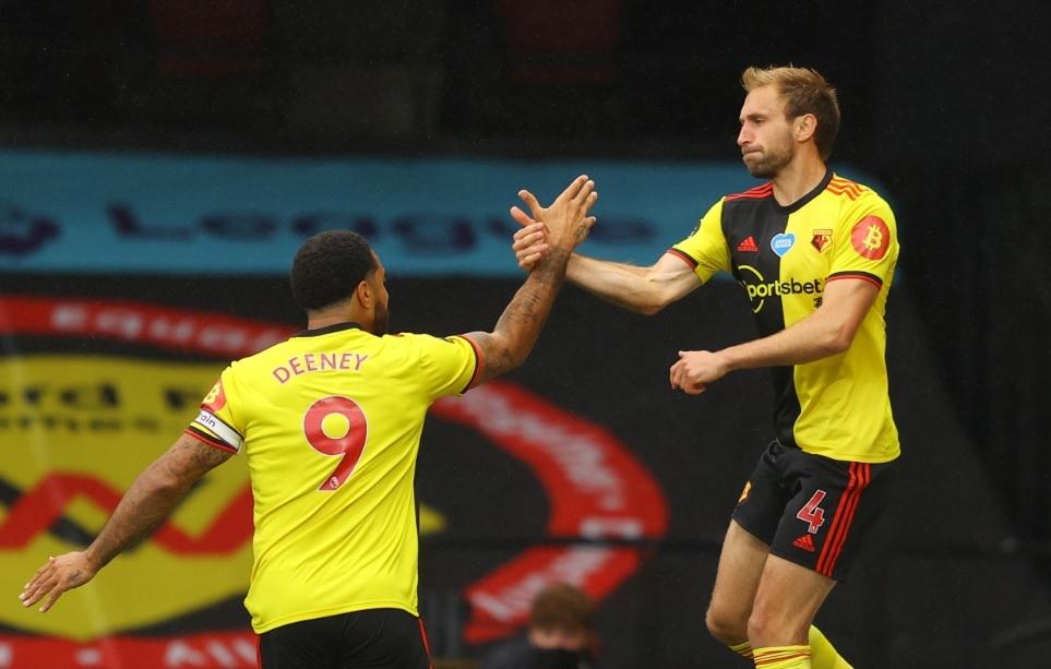 David Moyes wants West Ham to sign Watford defender Craig Dawson permanently
