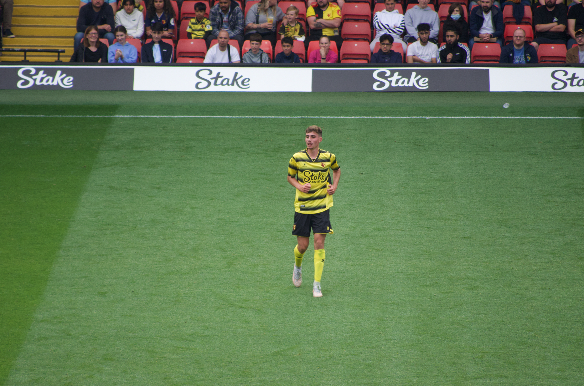 Watford sign James Morris after successful trial
