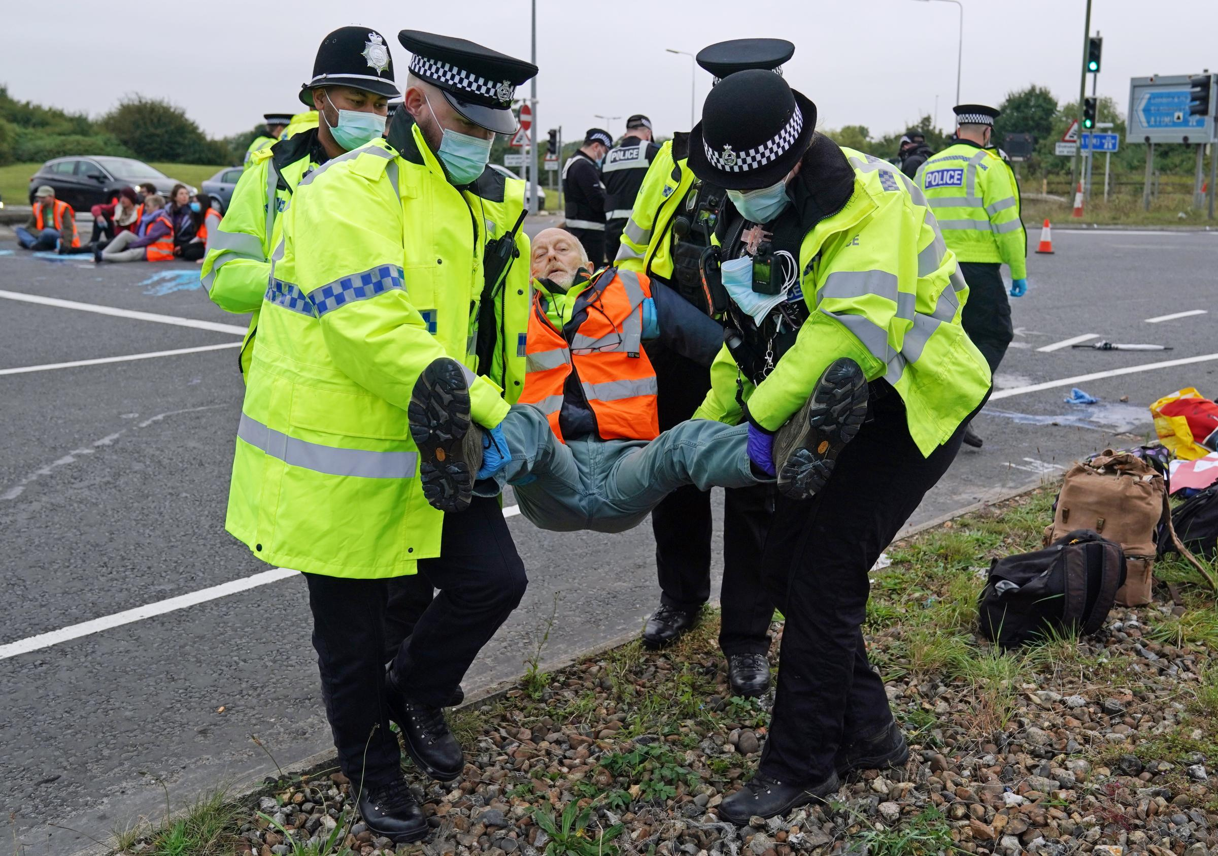 Police have 'robust plans' to deal with Insulate Briatin protesters