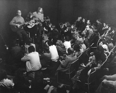 Pump House Folk Club circa 1973