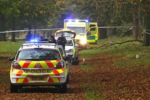 Police close off part of Cassiobury Park