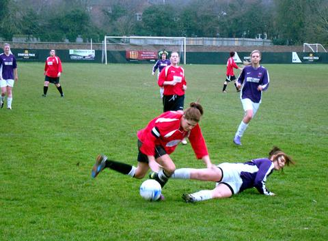 Kings Langley Ladies lost to Arlesey Town