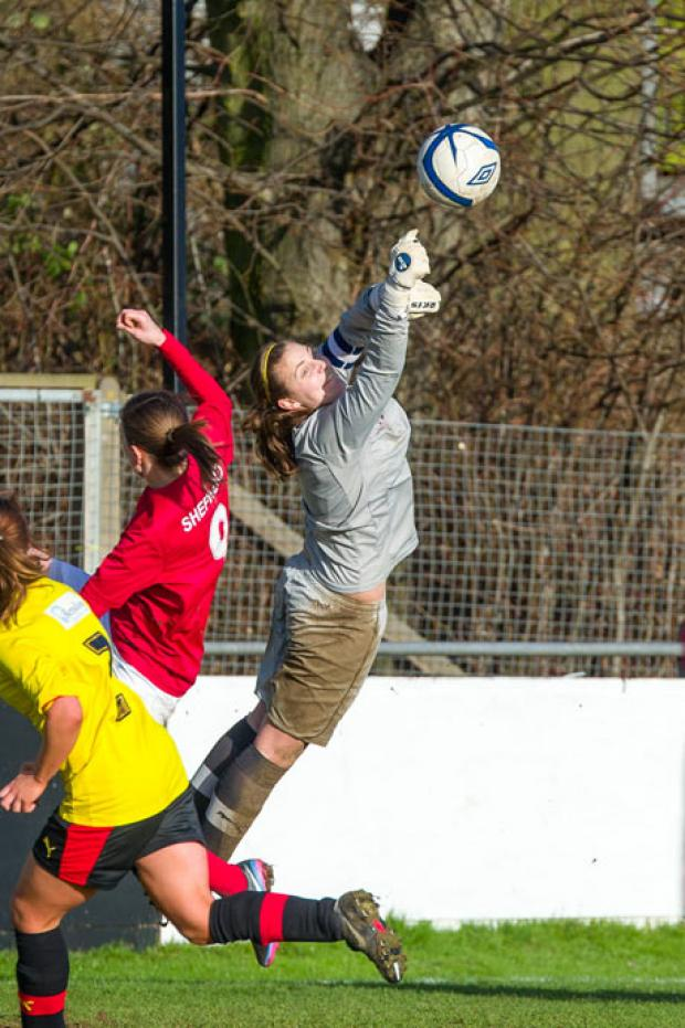 Watford Observer: At full stretch: Hornets keeper Lauren Davey. Picture: Andrew Waller.