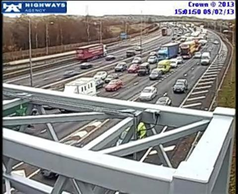 Long delays on M25 following crash