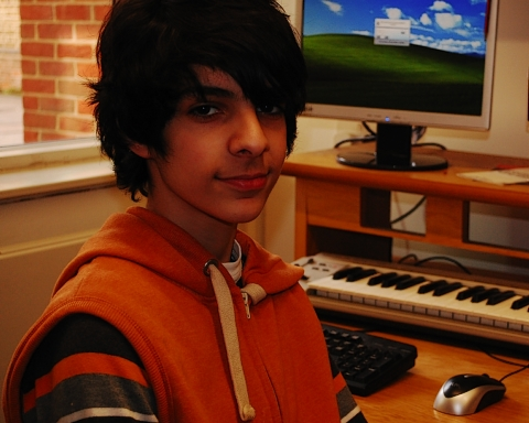 Bushey pupil hired to write music for Queen's entrance at Commonwealth p