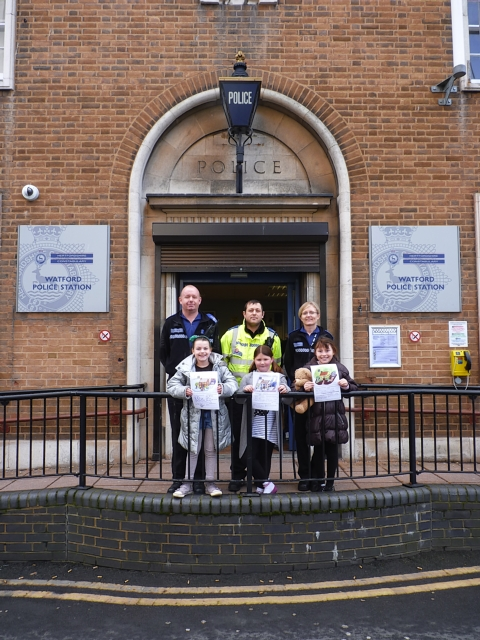Youngsters win chance to visit police station