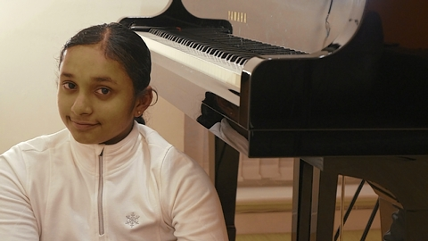 Gayatri has been playing the piano and singing for almost four years.