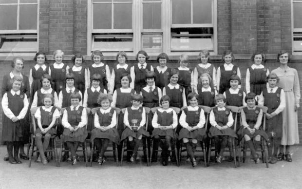 Chater Junior School from 1933/34 - but does anyone know some of the names? And what was that cup for?