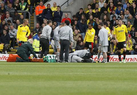 Jonathan Bond was motionless for some time before he left the field on a stretcher. Picture: Holly Cant