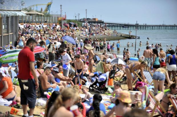Watford Observer: Traders delight as sun shines on Southend