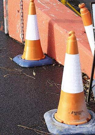 Delays in Abbots Langley tomorrow due to water works