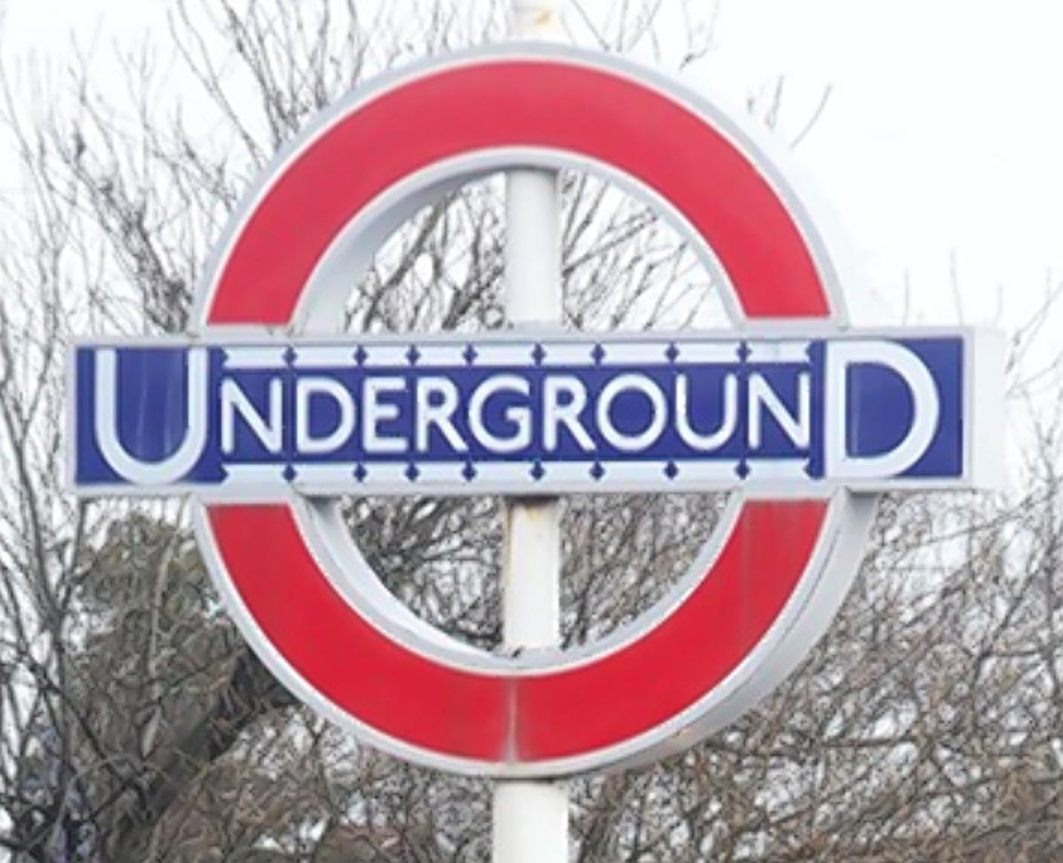 Tube strikes: talks resume in bid to avoid second strike