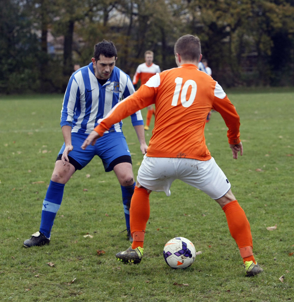 Croxley Green Community Centre (orange shirts) shocked Oakview in the Premier Division. Picture: Pippa Douglas