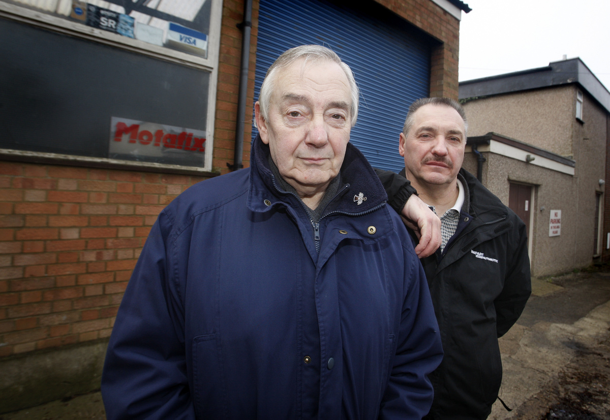 Father and son mechanic team 'desperately' searching for new premises