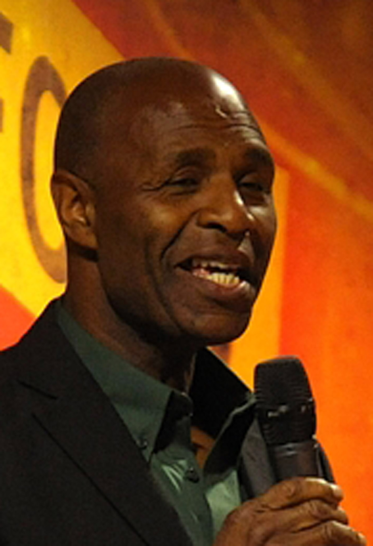 Watford FC legend Luther Blissett was one of the quizmasters for the evening.