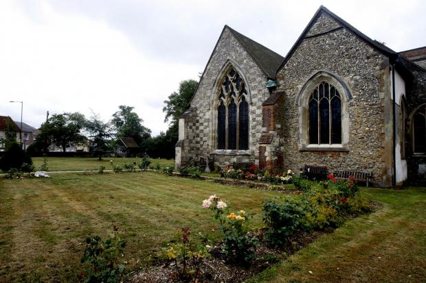 Vicar of Bovingdon appeals for roof repair help