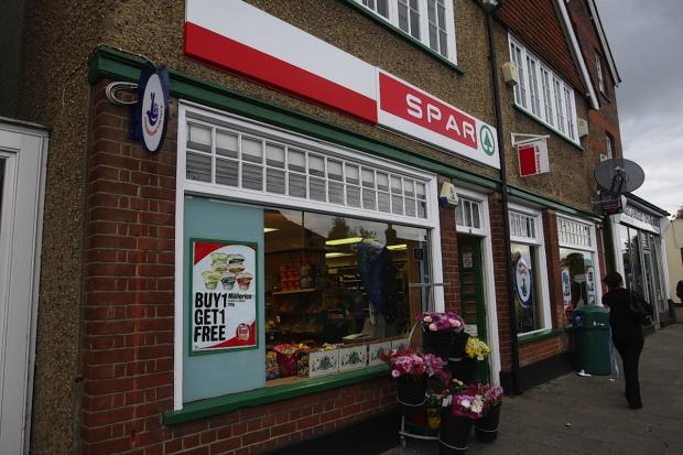 Police investigate break-in at Spar in Kings Langley