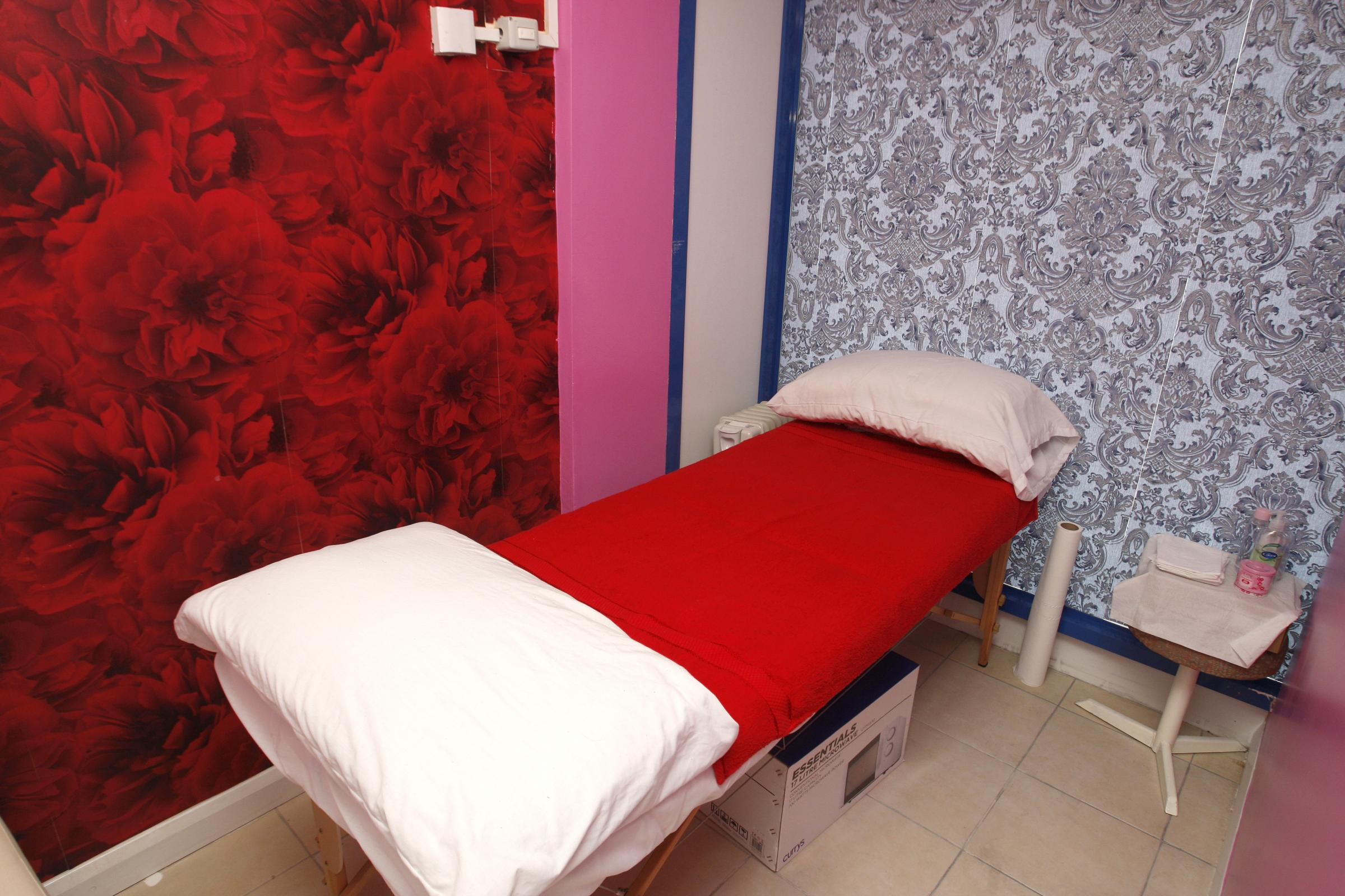 Controversial Chinese massage parlour in West Watford approved by politicians