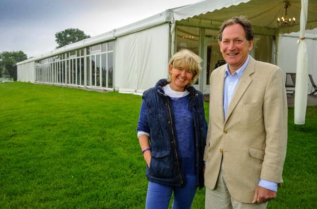Sarratt wedding venue owners treated 'unfairly' by district council