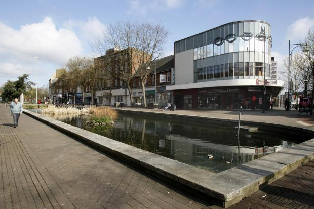 Parade refurbishment to go to the wire due to Watford pond setback