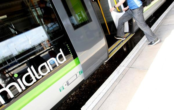 Trains services to be suspended from Watford Junction, Bushey and Kings Langley stations for three weekends in August