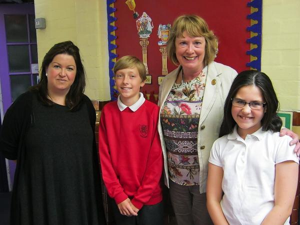 Mayor Dorothy Thornhill with school teacher Jenny Sherry and pupils Ryan Smith and Amy Giles.