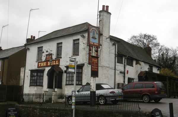 Pub applies for earlier closing time in order to tackle noise complaints