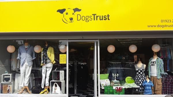 Dogs Trust opens new store in Chorleywood