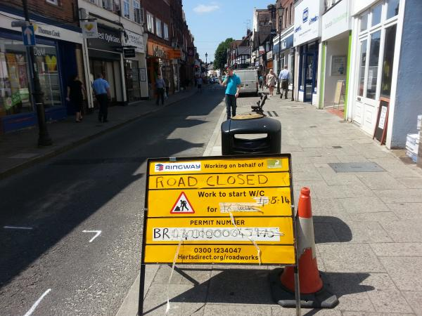 Rickmansworth shop owners concerned they 'won't survive' four week High Street closure