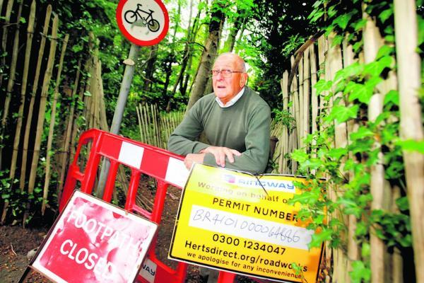 Rickmansworth footpath closure forces pensioners to walk long distances