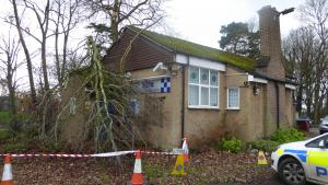 Watford Observer: Tree falls on Abbots Langley police station