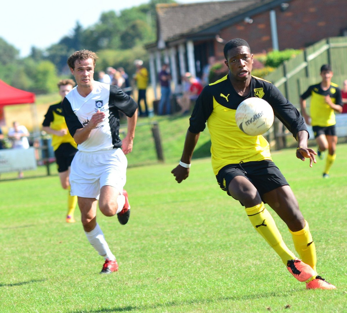 Michael Folivi has made the short move to Meadow Park.