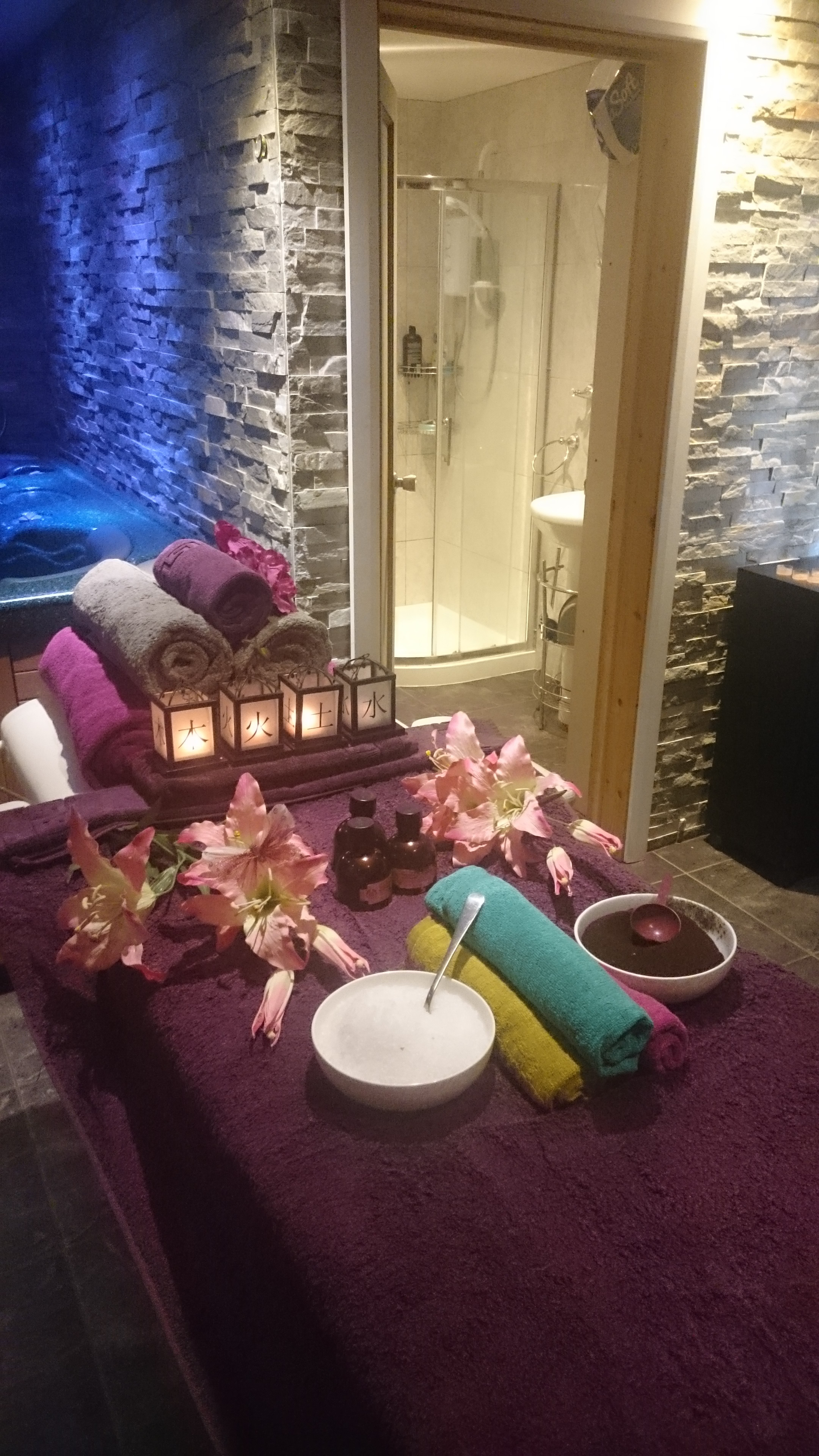 Hydrotherapy Treatment, Massage & Hot Tub Spa - Adult Services in ...