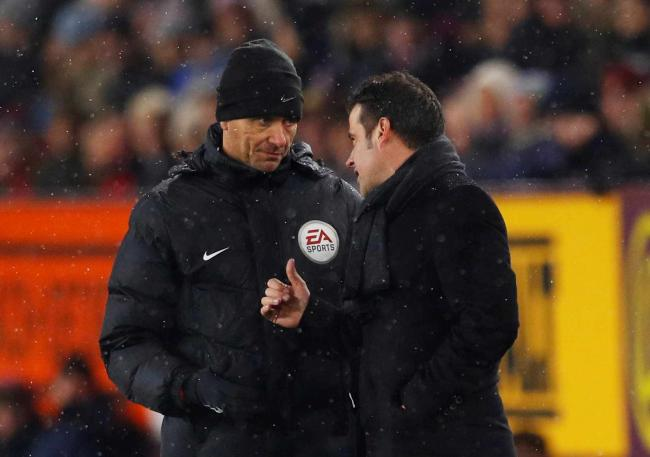 Marco Silva remonstrates with fourth official Andre Marriner. Picture: Action Images