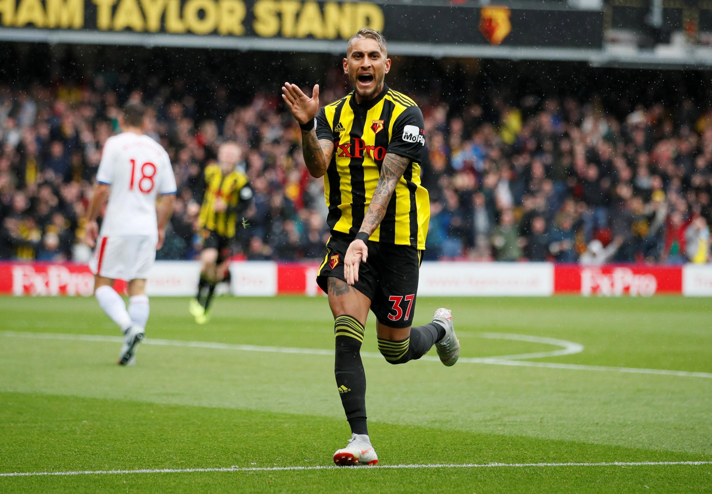 Roberto Pereyra celebrates continuing his Vicarage Road hot streak. Picture: Action Images