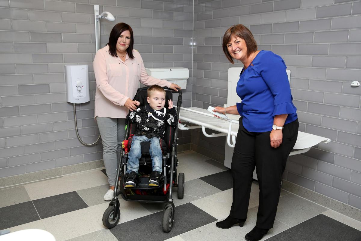 Sheri Skelton\'s thanks to intu for \'Changing Places\' toilet ...