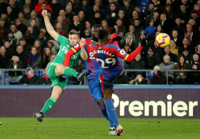 Tom Cleverley volleys home a winner at Selhurst Park. Picture: Action Images